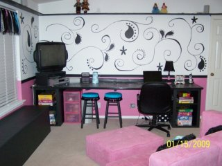 Extreme Home Makeover Girly Girl Style - Girls Room Designs